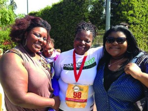 •Triumph: With relatives after finishing the triathlon