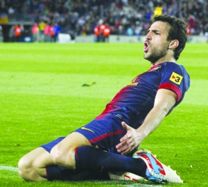 •Fabregas: In love with Manchester United