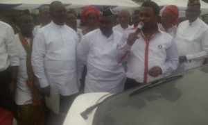 Chairman of the occasion, Hon. Joe Itiaba, launching the Dakkada Free Taxis