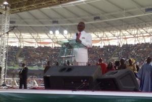 Bishop David Oyedepo ministering