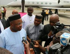 Gov Udom Emmanuel addressing journalists at the Airport